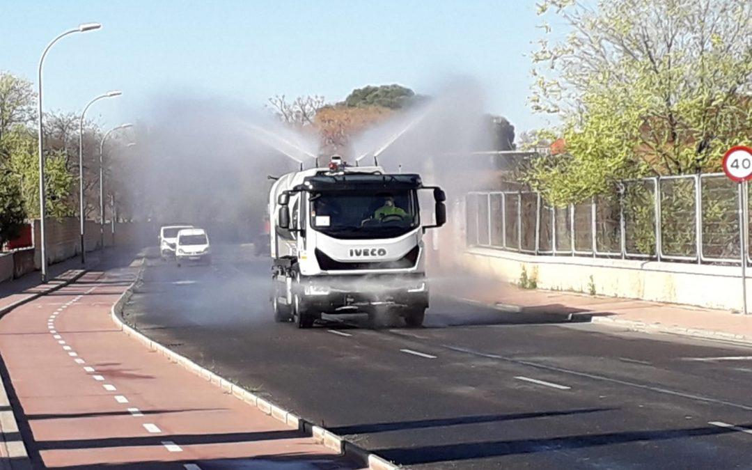 El Ayuntamiento de Alcalá concluye las tareas de limpieza intensiva y desinfección de la ciudad