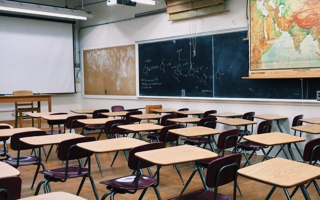 El Ayuntamiento lleva a cabo la limpieza intensiva de los centros educativos