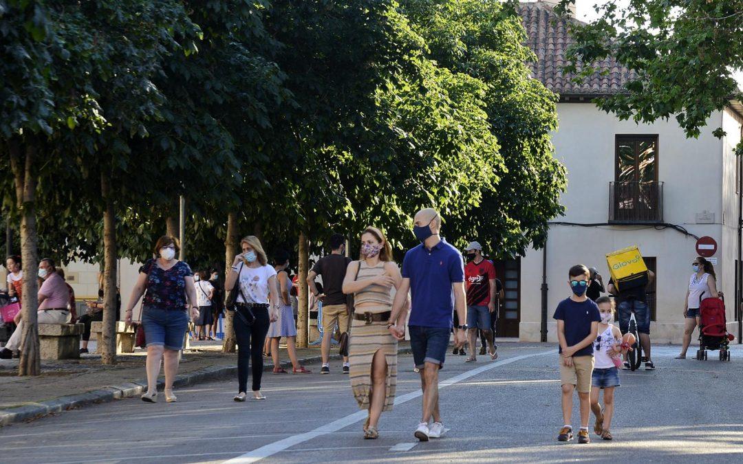 La Plaza de los Santos Niños y las calles San Juan, Tercia y Postigo ya son peatonales