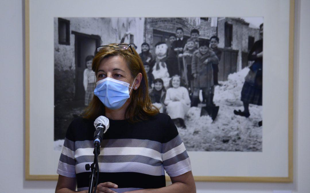 PhotoEspaña regresa a Santa María La Rica con una exposición repleta de sensibilidad